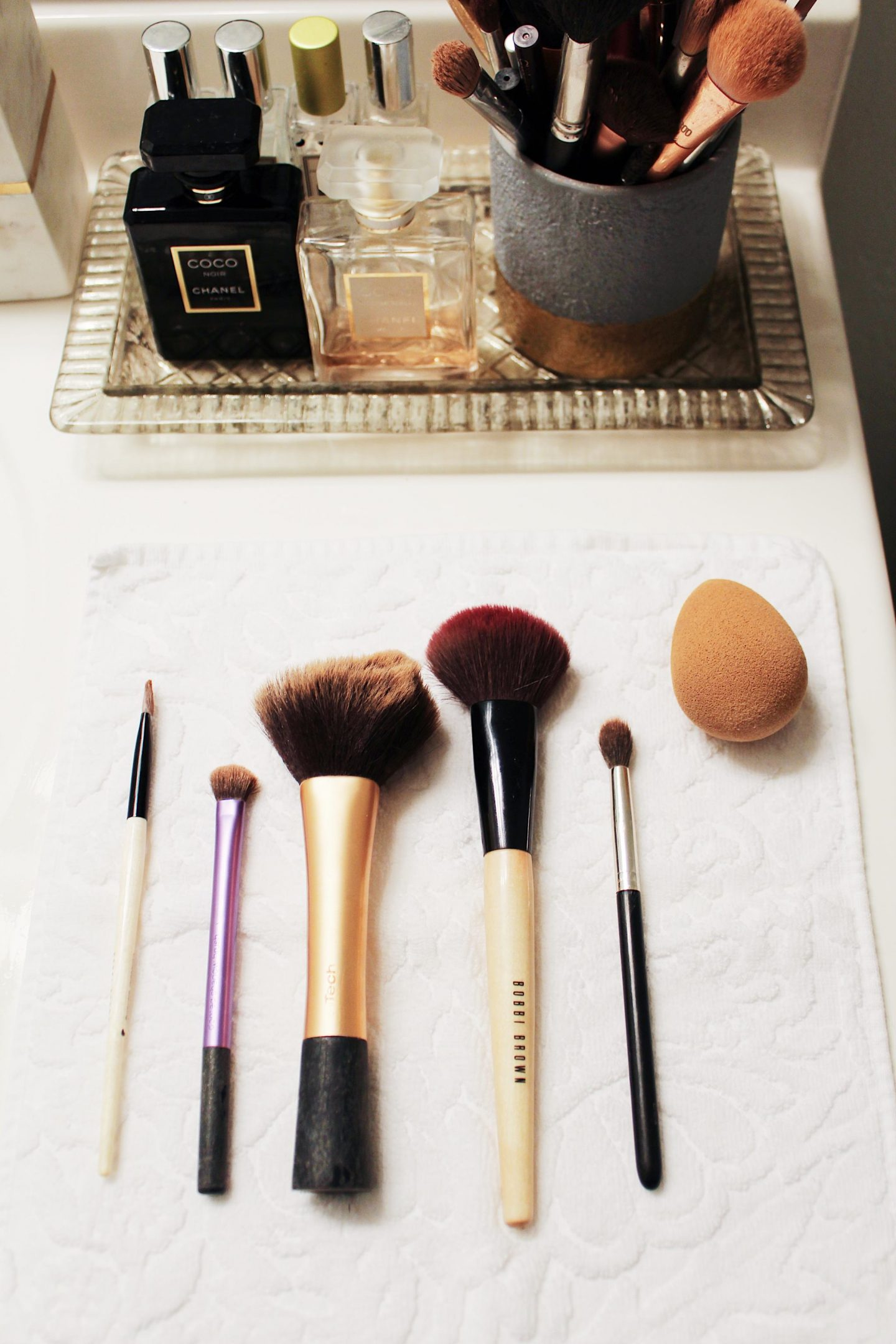 My Everyday Makeup Brushes & How I Clean Them - Ashley ...